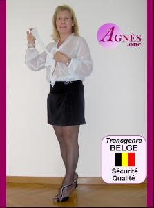 AGNÈS—la trans BELGE—vous met à l'aise d'emblée